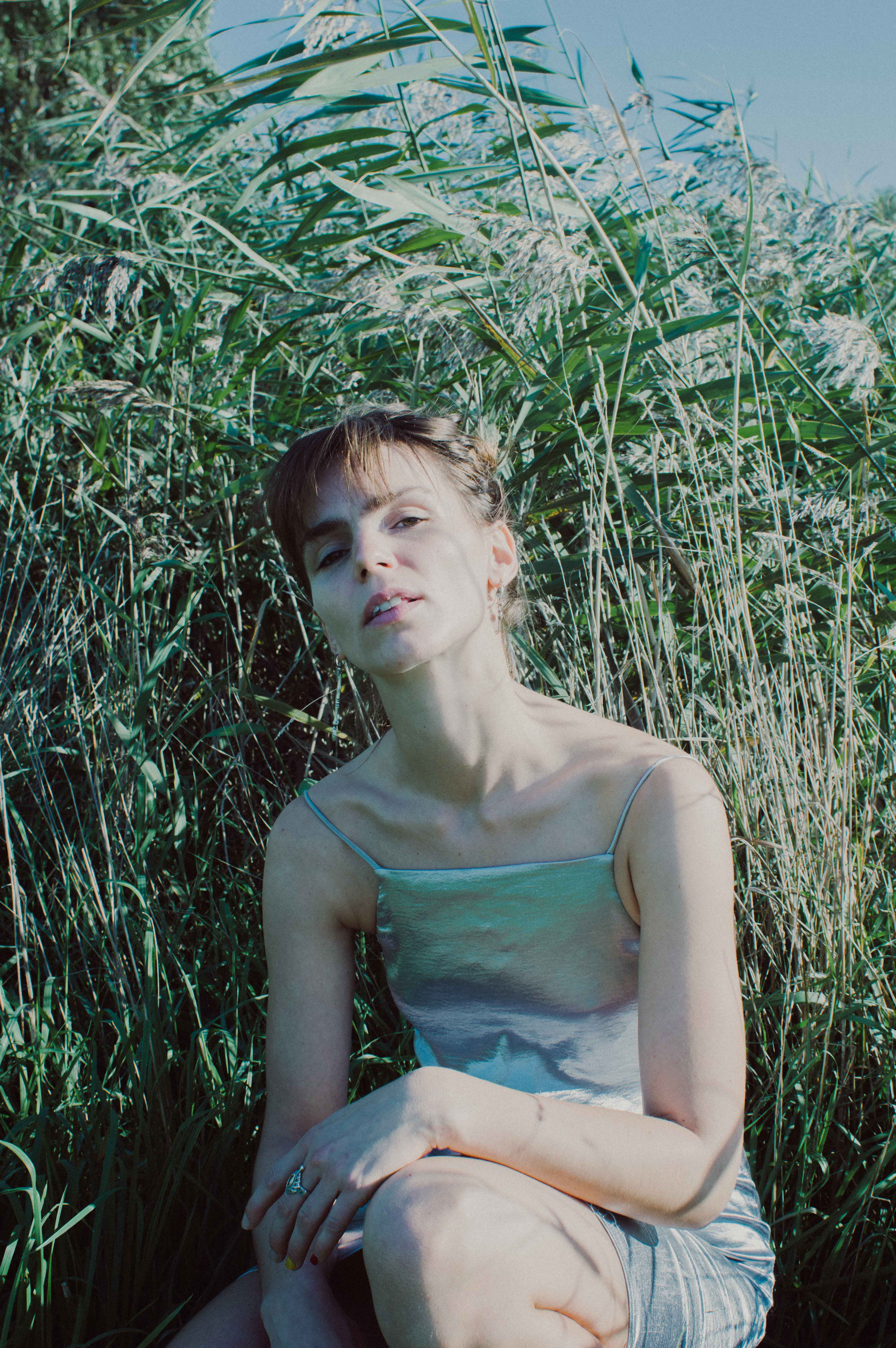 caught between the land and the river photography editorial by lola noir